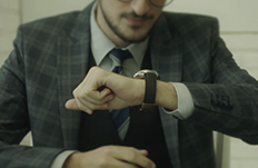 How Smartwatches and Connected Watches Can Help Businessmen